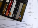 3 Reasons to Always Pay off Your Credit Card Statement in Full Each Month