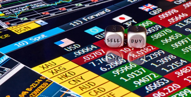 Is Investing in Binary Options Similar to Online Gambling?