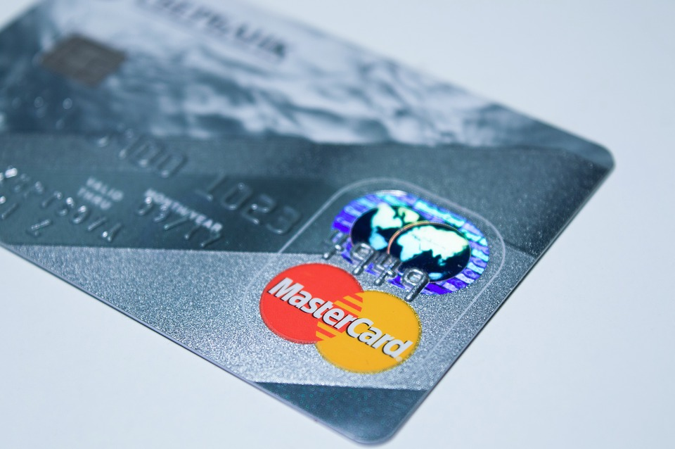 Why It Doesn't Hurt to Shop for Credit Cards