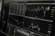 How to Become an Independent Trader