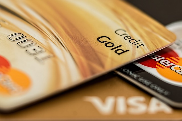 How to Use Credit Cards Efficiently
